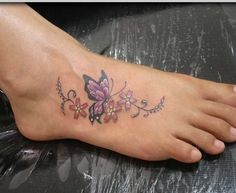 20 Best Tattoo Designs for Women 2019 – Cute Tattoo Ideas - Beste Tattoo Ideen Butterfly With Flowers Tattoo, Butterfly Tattoo Designs, Best Tattoo Designs, Tattoo Designs For Women, Butterflies, Butterfly Design, Monarch Butterfly, Flower Tattoos, Butterfly Colors