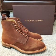 R.M. Williams Rickaby boot in coffee. Save 20% on this rugged lace up boot! #robinsonsshoes #rmwilliamsboots R M Williams Boots, Rm Williams, Suede Boots, Lace Up Boots, Leather Boots, Fashion Shoes, Mens Fashion, Shoe Tree, Goodyear Welt