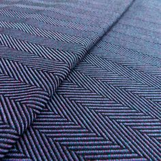 Didymos Lisca Minos is woven in a herringbone weave in delicious shades of anthracite, turquoise & pink. Minos is woven with organic cotton - perfect for newborns, bigger babies and toddlers. Baby Wrap Carrier, Ring Sling, Thing 1, Baby Sling, Woven Wrap, Wrap Pattern, Pink Turquoise, Purple, Blue