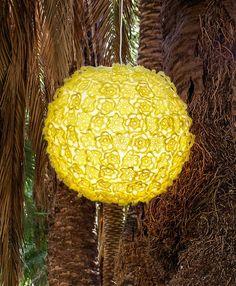 Häkelblüten für Ballonlampe Tricks, Table Lamp, Knitting, Lamps, Crochet, Wool, Crochet Hooks, Lightbulbs, Tricot