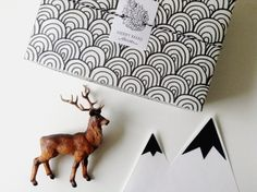 xmas boxes | graphic diy wrapping paper