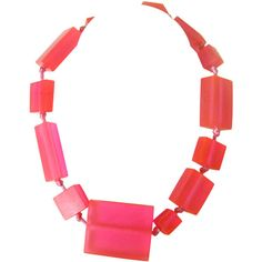 Preowned 1980s Neon Pink Ugo Correani Block Necklace New Never Worn (£560) ❤ liked on Polyvore featuring jewelry, necklaces, pink, long pink necklace, pre owned jewelry, 80s jewelry, pink necklace and pink jewelry