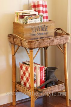Savvy Southern Style: In The Kitchen...I like this and her decorating style is so great.