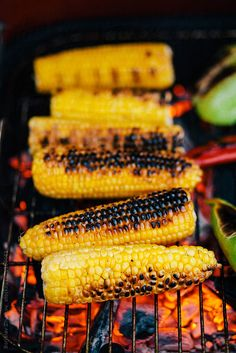 corn fried on fire Oven Roasted Corn, Corn Cob, 40th Birthday Parties, Fries, Grilling, Vegetables, Party, Quotes, Recipes