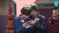 JungKook e Taehyung❤ Jimin Jungkook, Bts Jin, Taehyung, Seokjin, Hoseok, Bts Maknae Line, Vkook, About Bts, Bts Photo