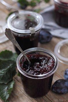 Jam Recipes, Canning Recipes, Metabolism Boosting Foods, Jacque Pepin, Homemade Liquor, Romanian Food, Romanian Recipes, Jam And Jelly, Tasty
