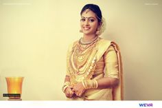 Shopzters | 10 Malayali Brides Who Easily Carried All The Gold