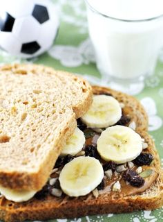 Post image for Banana Nut Honey Energy Sandwich: by Jennifer Leal @savorthethyme