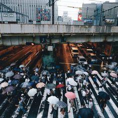 As ruas do Japão pelas lentes de Takashi Yausui