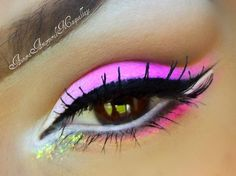 A gorgeous neon pink eye makeup look that is very glam and diva like. Pink Eye Makeup Looks, Gorgeous Makeup, Pretty Makeup, Love Makeup, Makeup Tips, Beauty Makeup, Makeup Ideas, Fun Makeup, Awesome Makeup