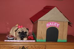 Fontant Pug Cake with doghouse cake box for transport:)