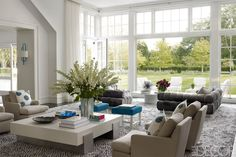 Haynes Roberts Bridgehampton Home - Hamptons Interior Design - ELLE DECOR