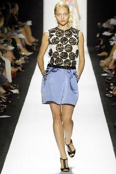 Carolina Herrera Spring 2008 Ready-to-Wear Fashion Show - Catherine McNeil