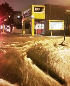 03/17/2016 - Durban - Residents of Durban dealt with a deluge on Wednesday night, with many areas reporting cases of flash flooding. Roads across the city remain closed by downed trees and other debris that is obstructing thoroughfares.