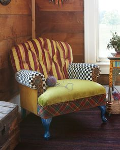 Royals Club Chair - MacKenzie-Childs (Four-legged Luxury Chair / ottoman Fabric Classic Pattern Upholstered Yellow Armchair White Black Blue Green Red Living room)