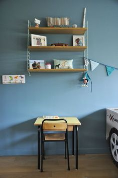 coach deco Lille - Page 5 - coach deco Lille Yellow Kids Rooms, Blue Rooms, Deco Kids, Fashion Room, Kids Bedroom, Baby Room, Floating Shelves, Room Decor, Interior