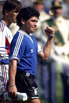 en la dura Yugoslavia jugaban Savicevic, Prosinecki y Stojkovic. Era un partido difícil #Italia90