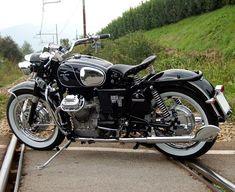 Anima Nera found on Anima Guzzista forum Guzzi Bobber, Moto Guzzi Motorcycles, Guzzi V7, Vintage Bikes, Vintage Motorcycles, Custom Motorcycles, Custom Bikes, Retro Motorcycle, Cafe Racer Motorcycle