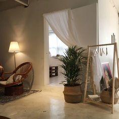 夏 대구 : 네이버 블로그 Cafe Interior, Room Interior, Home Interior Design, Interior Architecture, Design Apartment, Decoration Inspiration, Aesthetic Rooms, Home And Living, Home Furniture