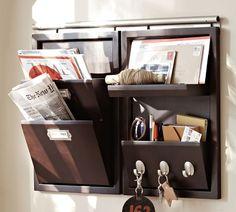 """""""Um lugar para todas as coisas e todas as coisas em seu lugar."""" Se não tem espaço para tudo, use a decoração a seu favor. Com bom gosto e ..."""