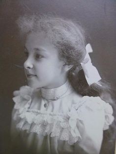 CABINET CARD old Antique Photo c1890s Beautiful GIRL sweet Pug Nose Pretty Hair