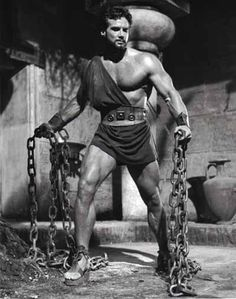 Steve Reeves as Hercules. Films have been made in reference to Hercules for over 50 years. Steve Reeves, Physique, Fitness Icon, Fitness Models, Muscle Fitness, Men's Fitness, Fitness Quotes, Health Fitness, Actrices Hollywood