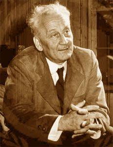 """""""Qualunque cosa l'uomo compia, egli deve compierla prima nella sua mente.""""  Albert Szent-Gyorgyi, Premio Nobel per la scoperta della vitamina C"""