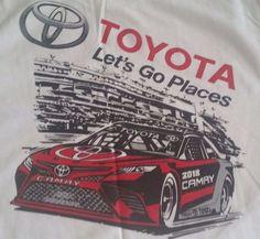 Nice Great NASCAR Toyota Racing 2018 Camry  - Men's Graphic T-Shirt XL - Brand New! 2017 2018