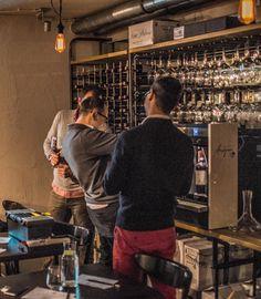 https://flic.kr/p/Du1Tby | Preparing the place for our Wine / Maciek Korzeniowski, Tomek Ikwanty, Janusz Szaniawski