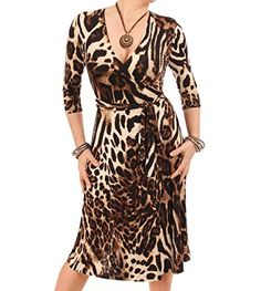 Classic wrap dress made from a slinky stretch fabric. Vestidos Animal Print, Animal Print Dresses, Dress Outfits, Casual Dresses, Fashion Outfits, Womens Fashion, Size 16 Dresses, Knee Length Dresses, Leopard Print Outfits