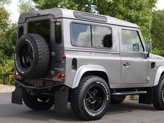 2010 Land Rover Defender - 90 XS 2.4 `TWISTED` | Classic Driver Market