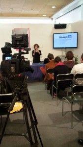 """Conferenza """"Come promuovere se stessi e la propria attività sul #web"""", Festival delle Donne, Trento, 8 marzo 2015. L'evento è stato ripreso da Paola Vianello, videomaker."""