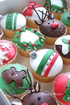 Christmas Cupcakes by Verusca.deviantart.com