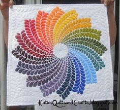 SERIOUSLY check this girl's blog out. She does amazing quilting on a basic domestic! AWESOME!