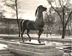 The Gardens - The Führer's Office - Horse Statues by Josef Thorak