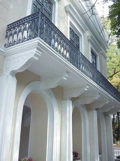 Stairs, Mansions, House Styles, Accessories, Home Decor, Stairways, Stairway, Manor Houses, Villas