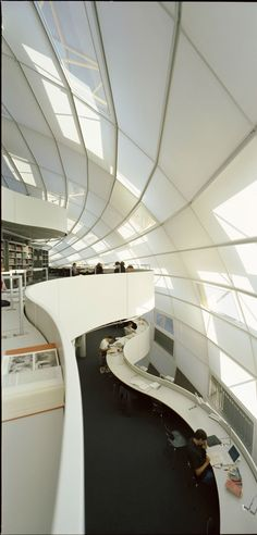 Free University Philology Library | Foster+Partners