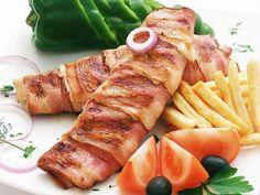 Pilece belo meso rolavano u slanini u Pasko's Balkan Grillu!
