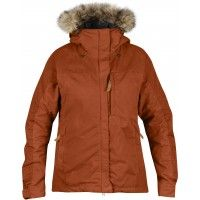 Durable and breathable, and made from 2 types of outer fabrics, the women's Fjallraven Singi Loft Jacket excels at wintertime mountain ski town excursions. Padded Jacket, Outdoor Outfit, Winter Wear, Canada Goose Jackets, Cool Outfits, Winter Jackets, Winter Coats, Jackets For Women, Adidas