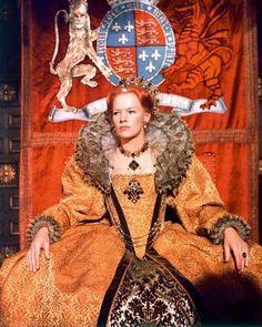 Tudor Costumes, Period Costumes, Movie Costumes, Downton Abbey, Isabel I, Glenda Jackson, Hollywood Costume, Hollywood Dress, Tudor Fashion