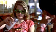Taxi Driver (1976) ~ Robert De Niro Jodie Foster Love Movie, Movie Tv, Jodie Foster, Taxi Driver, Great Films, Iconic Movies, Got The Look, Movie Costumes, Some Girls