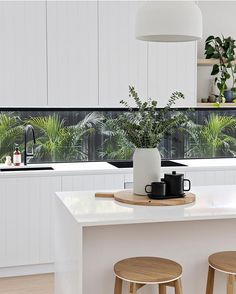 + kitchen room decoration and how to bring your own kitchen interior design ideas to be proud of Home Decor Kitchen, Interior Design Kitchen, Home Design, Home Kitchens, Kitchen Ideas, Design Ideas, Diy Kitchen, Design Styles, Kitchen Designs