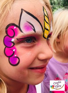Unicorn Face Painting Unicorn Face Painting Painting using powders. Perfect for those hot sweaty days. Mermaid Face Paint, Face Painting Unicorn, Butterfly Face Paint, Girl Face Painting, Body Painting, Face Paintings, Easy Face Painting Designs, Face Painting Tutorials, Diy Face Paint