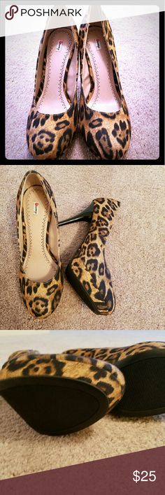 Leopard Print Heels 🛍❤ Gently Used Leopard Print Heels 🛍❤ Condition: like new 🛍❤ Size 10 🛍❤ Always Ship within 1-3 business days 🛍❤ Any questions please feel free to ask  🛍❤ Always Happy Shopping ❤❤ Olsenboye Shoes Heels