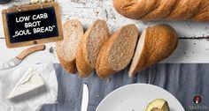 Low Carb Brot Soul Bred. Das einzige Low Carb Brot mit eigener Facebook Gruppe. Das Brot hat keine Kohlenhydrate, wird ohne Getreidemehl gebacken, ist glutenfrei und ohne Zucker. Ein echtes Keto Brot für die ketogene Diät. Hol dir das Low Carb Brot Rezept!
