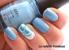 La paillette frondeuse: China glaze Bahamian escape // Fleur de paradis