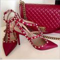 trendy high heels for ladies : valentino + chanel bag Mein Style, Pink Pumps, Valentino Shoes, Valentino Red, Pretty Shoes, Chanel Handbags, Luxury Shoes, Shoe Collection, Designer Shoes