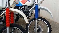 "@hondaxrmotoras: ""TT600R VS XR600R two machines from hell 💥🔥💣💥🔥 @hondaxrmotoras #hondaxrmotoras #honda #xr #hondaxr…"" Honda Xr, Yamaha, Bicycle, Vehicles, Bike, Bicycle Kick, Bicycles, Car, Vehicle"