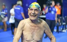 A swimming world record has been broken at the Commonwealth Games trials on the Gold Coast – by a 99-year-old Australian man.