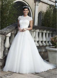 Modest Short Sleeves Zipper Wedding Dress